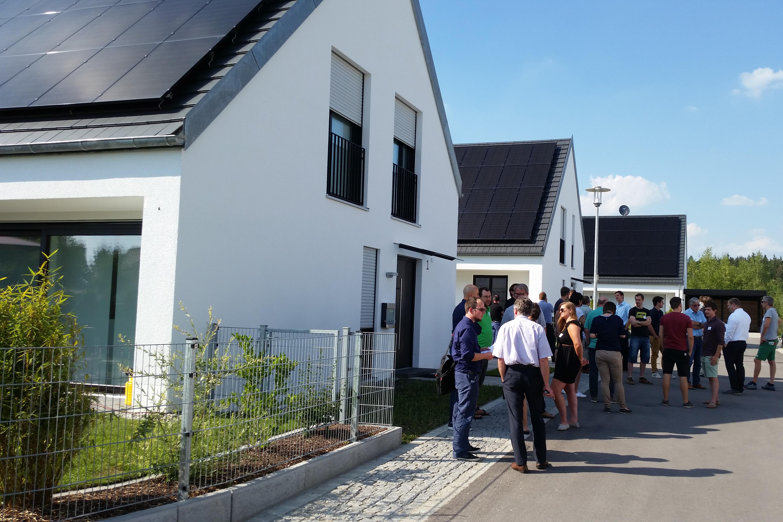 Effizienzhaus Plus-Häuser in Massivbauweise erleben